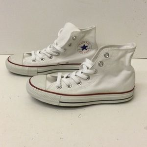 Converse unisex sneakers size 5/7